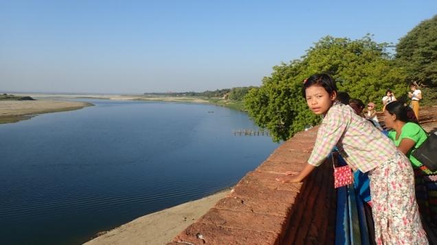 Au bord de l'Irrawadyi